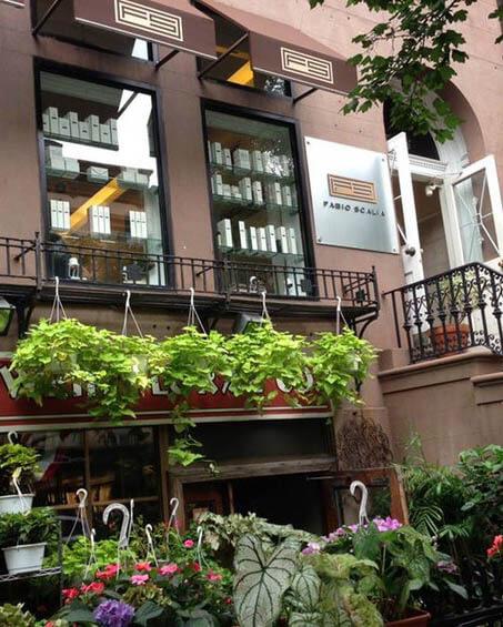 Fabio Scalia Salon quaint outdoor patio in the Brooklyn Heights Salon